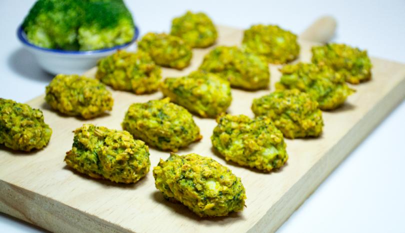 Croquetas de brócoli con avena al horno